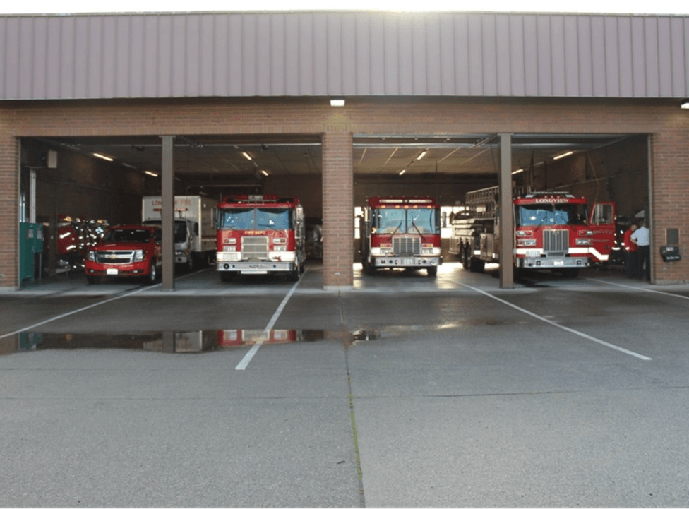 Front of station 81 showing Tahoe, 2 Engines and Truck in the bay.
